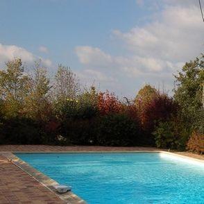 Les roulottes du sud ouest roulotte gite has saint salvy for Cash piscine agen