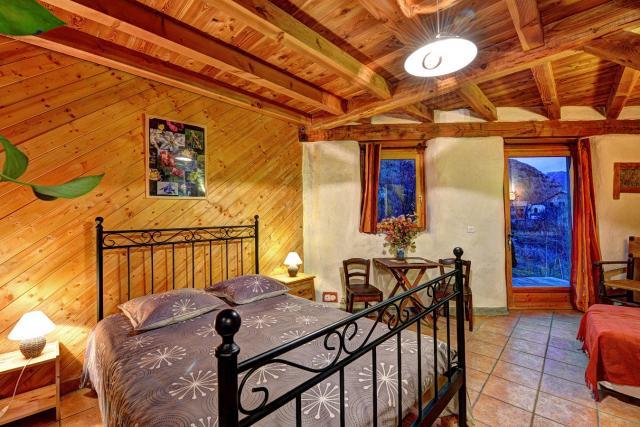 Table Et Chambres D 39 H Tes Brin De Paille Maison En Paille Et Ossature Bois Has Saint Martin De