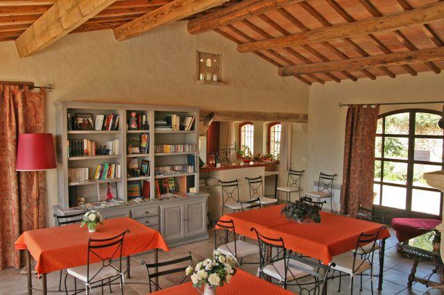 le mas de belle combe, chambre d\'hôte has Gordes, Vaucluse 84